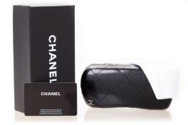 Солнцезащитные очки, Модель Case Chanel